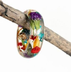 Jewelry - Resin Real Flowers Ring